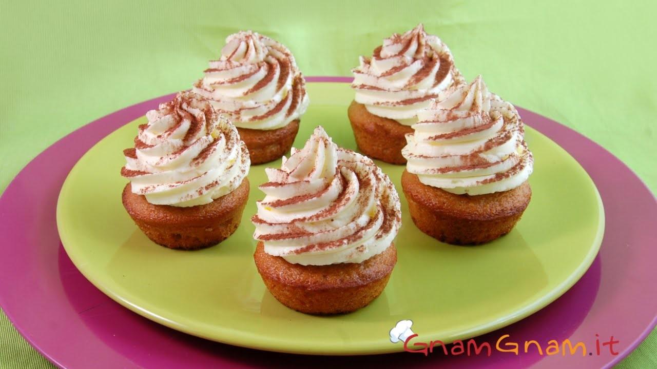 Cupcake tiramisù - Le video ricette di Gnam Gnam