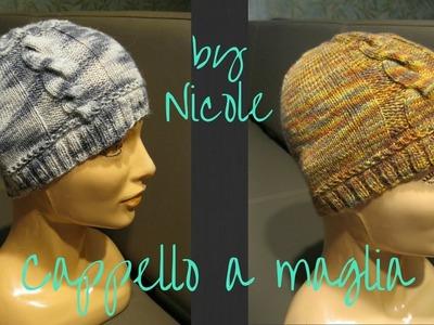 Cappello a maglia con ferri a doppia punta. Knit a cable hat