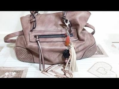 DIY - Ciondolo per borsa con nappa in alcantara e pietre dure (tutorial ignorante)
