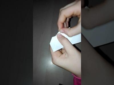 Origami(segnalibro)a forma di cuore: :-)