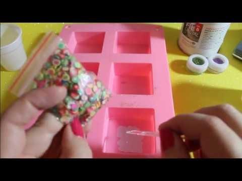 Video tutorial sulle creazioni in resina parte 2!! Glitter e adesivi